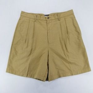Tommy Hilfiger double pleated brown plaid shorts